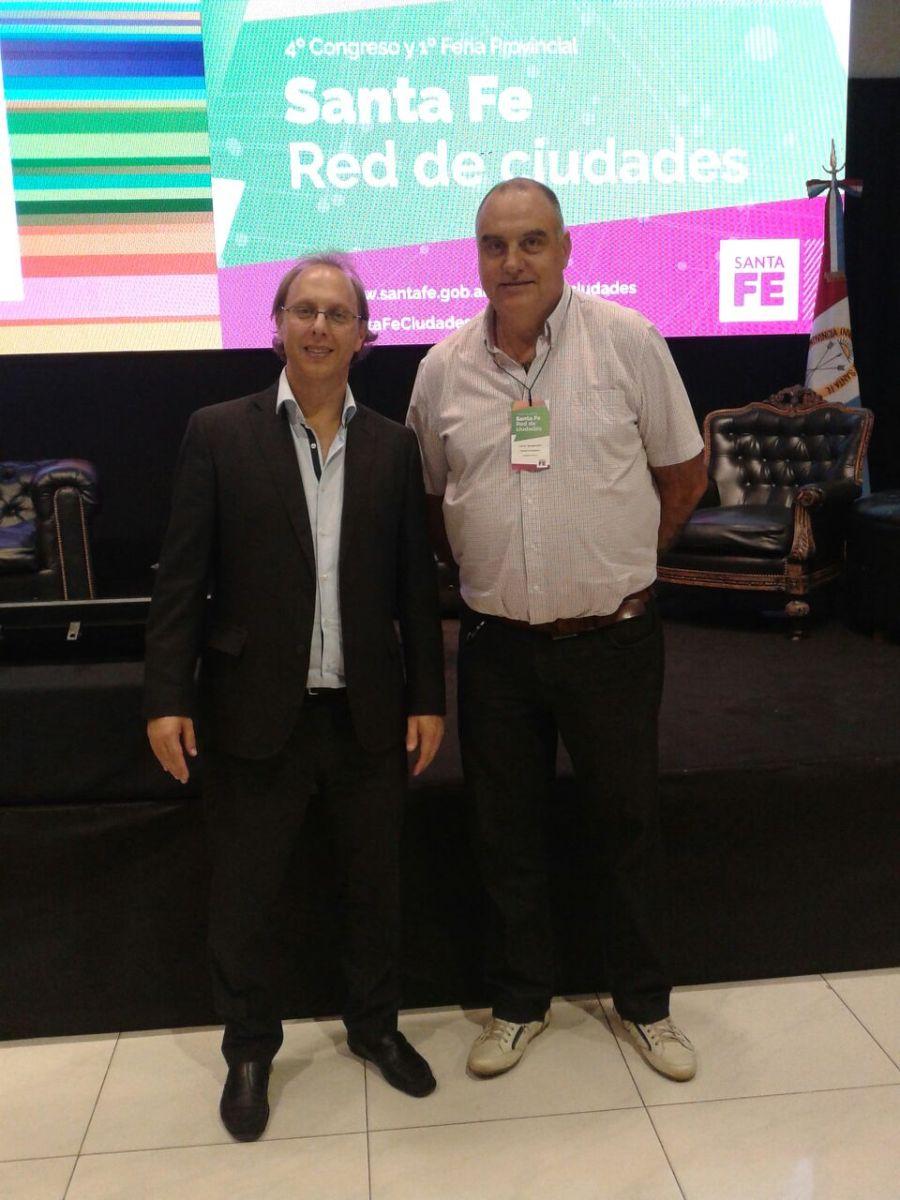 Carlos Bongiovanni participó del 4° Congreso Red de Ciudades y firmó convenios para la localidad