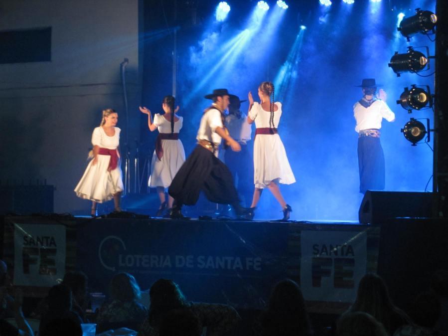 """Ballet Popular """"Sueñero"""""""