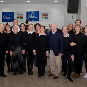 El Grupo de apoyo junto al Gobernador.